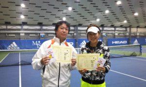 第244回 MTSテニスアリーナ三鷹 ナイターミックスダブルス優勝:猪狩・高橋ペア