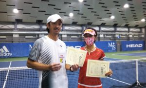 第251回 MTSテニスアリーナ三鷹 ナイターミックスダブルス優勝:高橋夫妻