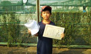 第47回 関町ローンテニスクラブ 小学生男子10歳以下準優勝:白尾 一晟選手