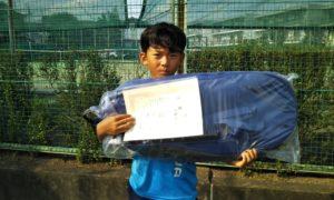 第47回 関町ローンテニスクラブ 小学生男子10歳以下優勝:山崎 あさひ選手
