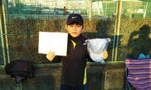 第48回 関町ローンテニスクラブ 小学生男子10歳以下準優勝:羽賀 智哉選手