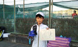第48回 関町ローンテニスクラブ 小学生男子12歳以下準優勝:日向 佑選手