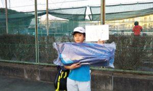 第48回 関町ローンテニスクラブ 小学生男子12歳以下優勝:赤本 大地選手