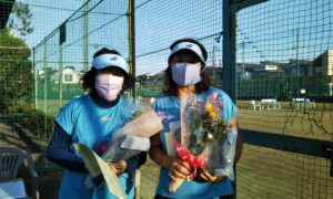 第1697回 関町ローンテニスクラブ 女子ダブルス準優勝:水口・大門ペア