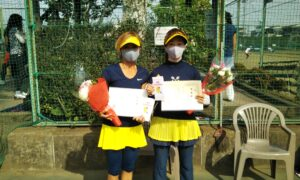 第1717回 関町ローンテニスクラブ 女子ダブルス準優勝:石川・木村ペア