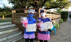 第12回 善福寺公園テニスクラブ 女子ダブルス準優勝:高柳・本間ペア
