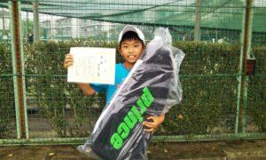 第50回 関町ローンテニスクラブ 小学生男子12歳以下優勝:白尾 一晟選手